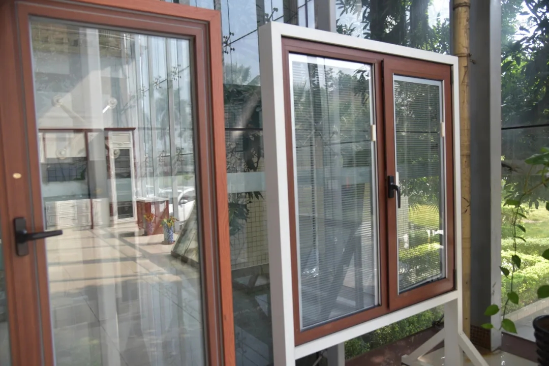 铝门窗企业